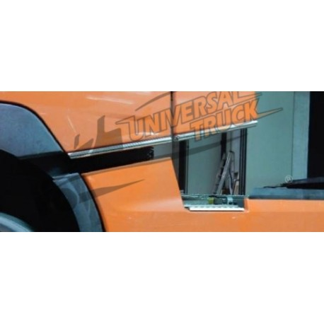TUBI INFERIORE CABINA RENAULT T 33.7 MM (LED A PARTE € 15,00)